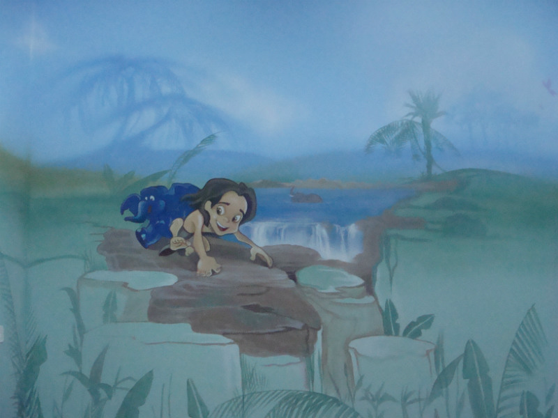 ציור קיר של טרזן מבוסס על סרט מצויר קלסי של דיסני