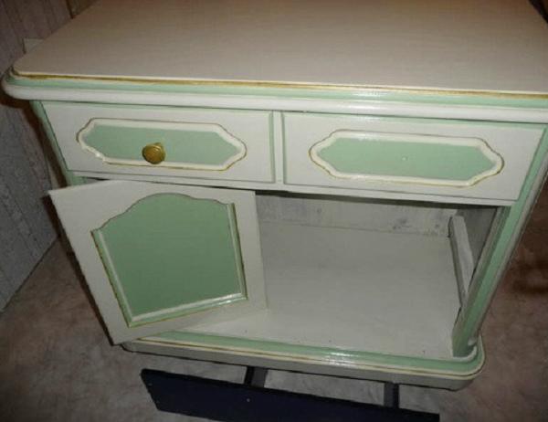 צביעת שולחן ירוק לבן זהב