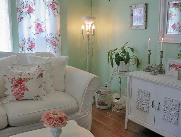 עיצוב קירות ורהיטים ירוק ולבן