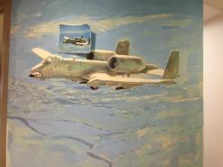 ציור קיר של טיס מפציץ בחברת אקסקליבור