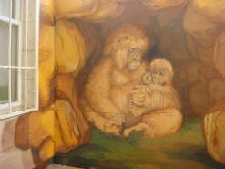 ציור קיר של קופים לגן ילדים
